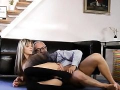Glam eurobabe assfucked in fancy 3some