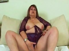 Sideways banging for fat granny Dominika pussy