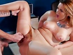 Light-haired office girl really likes getting her fuckbox pummeled hard